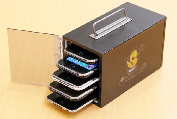 iphone-server-phone-duck-rm-eng