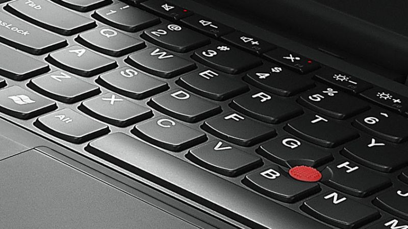 lenovo-convertible-tablet-thinkPad-helix-closeup-keyboard-view-12