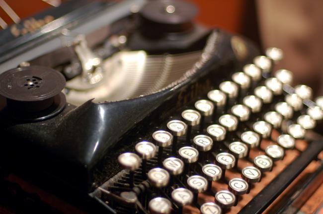 650_1000_maquina-escrever