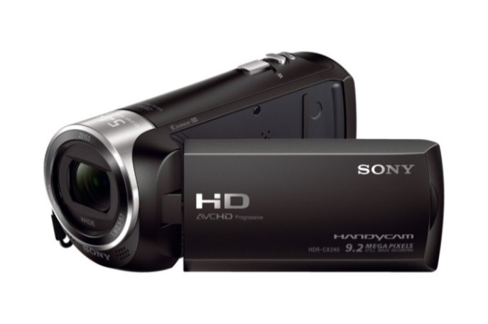 Sony-HDR-CX240-01