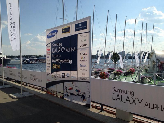 Samsung-Galaxy-Alpha-signage-appears-at-a-sponsored-regatta-in-Moscow (2)