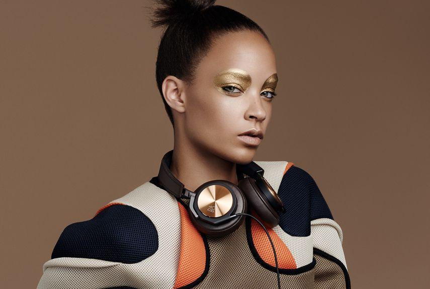 h6-se-fashion-gallery-large-brown-model-1