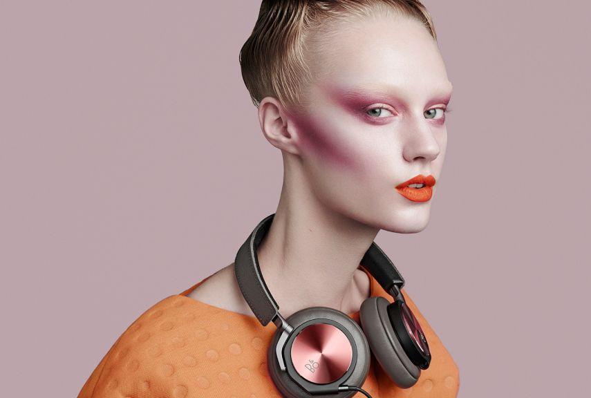 h6-se-fashion-gallery-large-pink-model-1-1