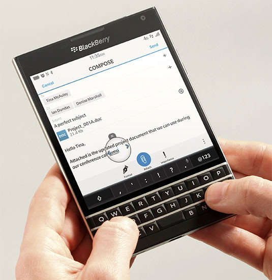 blackberry-passport-main