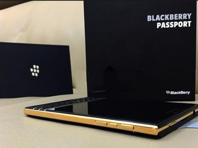 650_1000_blackberry2