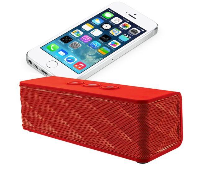 242091_463597_caixa_de_som___jukebar_wireless_speaker___vermelha_com_iphone_2
