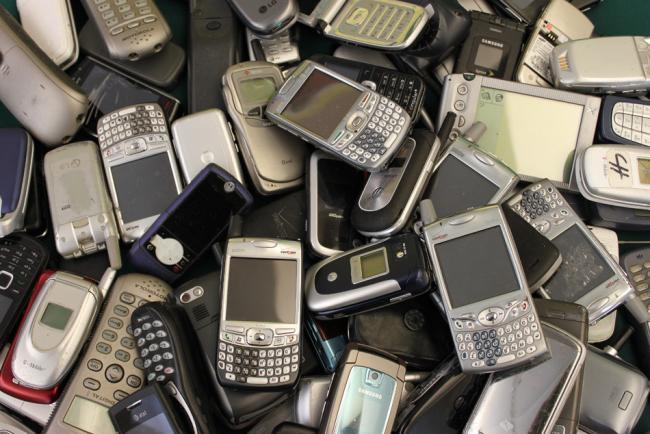 celulares-lixo-eletronico