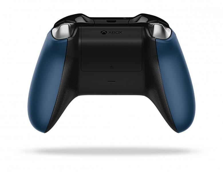 XboxOne_SEController_ForzaMotorsport6_Back_RGB
