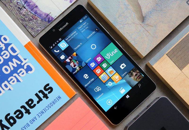 windows-10-mobile-in-smartphone-lumia