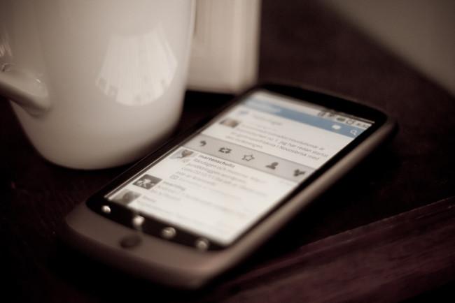 twitter-smartphone-teaser