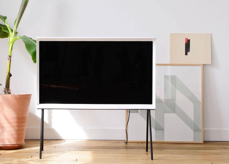 Samsung Serif TV-01