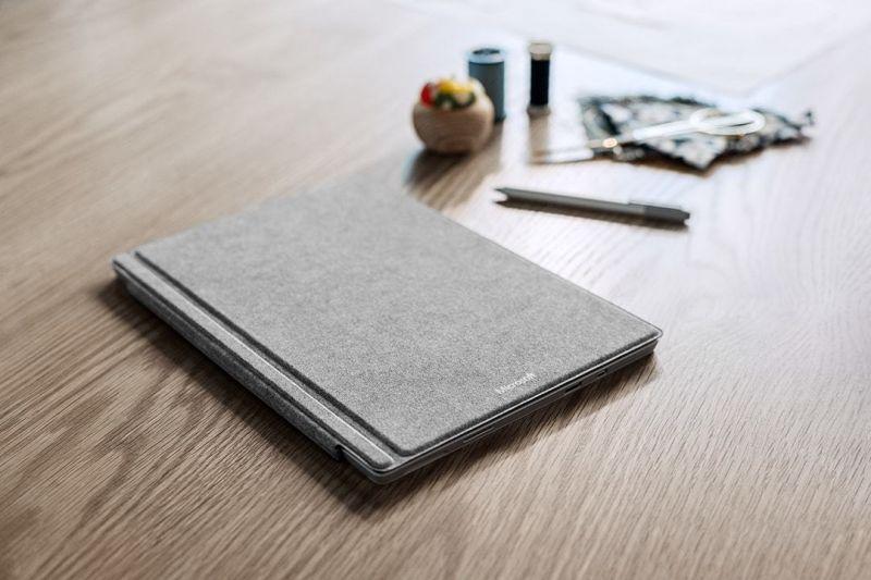 Surface Pro 4 Alcantara-04