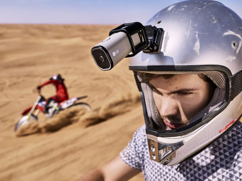LG LTE Action Camera-01