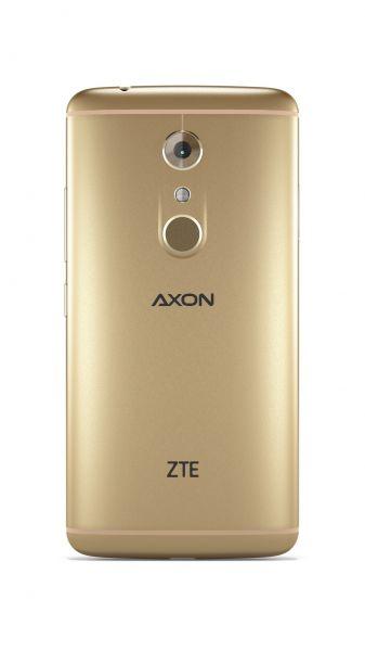 ZTE Axon 7-05