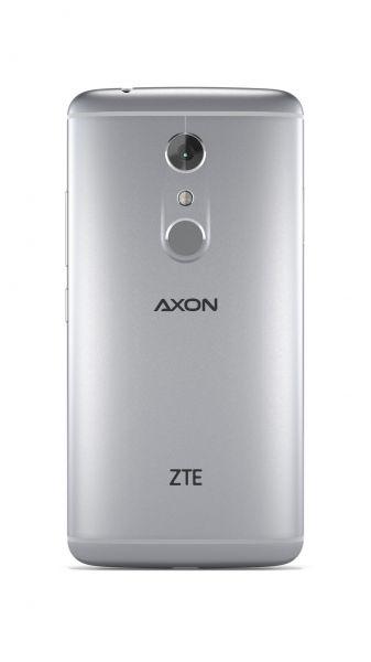 ZTE Axon 7-06