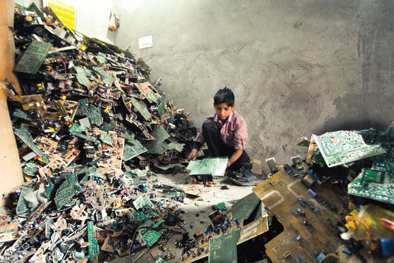 india-resíduos-eletrônicos