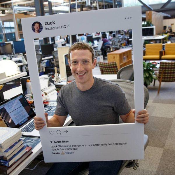 zuckerberg-fita-adesiva