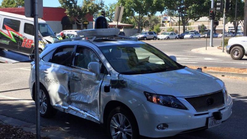 carro-autonomo-google-acidente