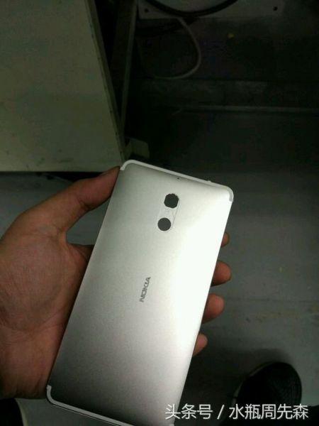 nokia-smartphone-metal-04